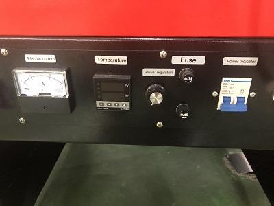 Detalle panel de control para regulación del curado de las serigrafías